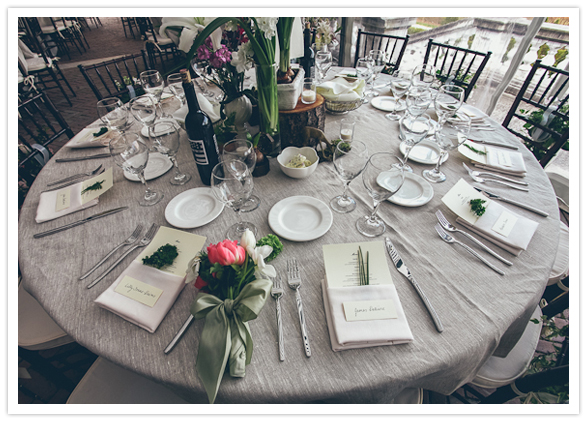 Gray Linens And Vibrant Fl Centerpieces