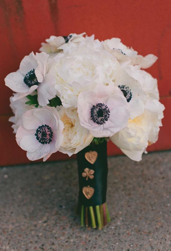black and white anemones bouquet