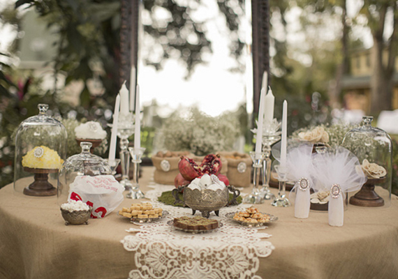 vintage wedding reception table decorations diy vintage inspired wedding liz dara real weddings 8326