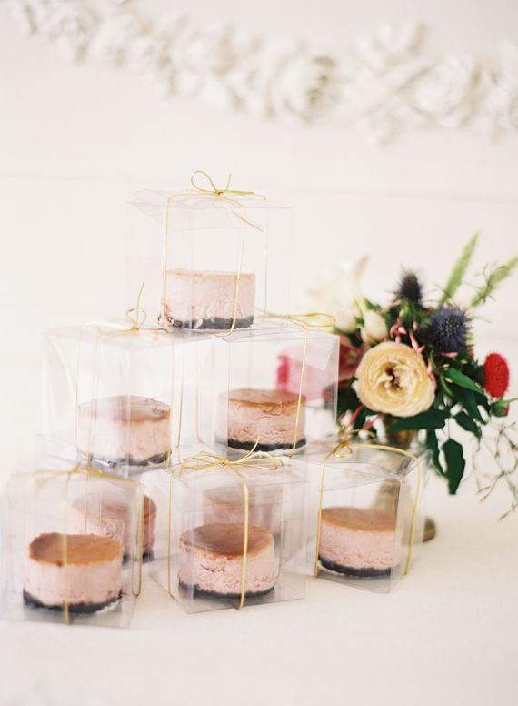 Cake Wedding Favors Photo By Jessica Burke 100 Layer