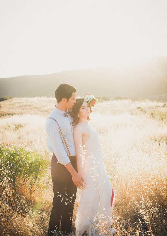 Modern Americana wedding inspiration | photo by Zoom Theory Photography | 100 Layer Cake
