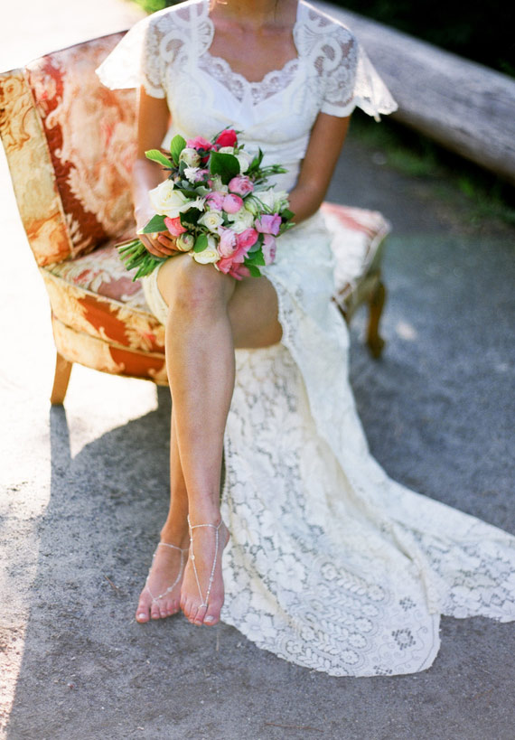 lace wedding dress | photo by Blue Rose Photography | 100 Layer Cake
