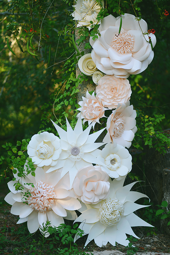 Paper Flower Themed Bridal Inspiration Flowers By Khrystyna Balushka Fl Artistry Photo