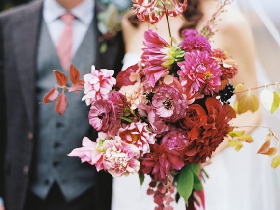 Fall bridal bouquet | Photo by Lisa Berry | Read more - https://www.100layercake.com/blog/?p=76472