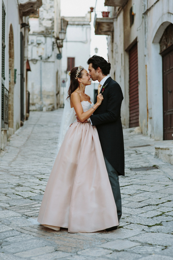 South Italian Food Market Themed Wedding Photo By Cinzia Bruschini Read More Http