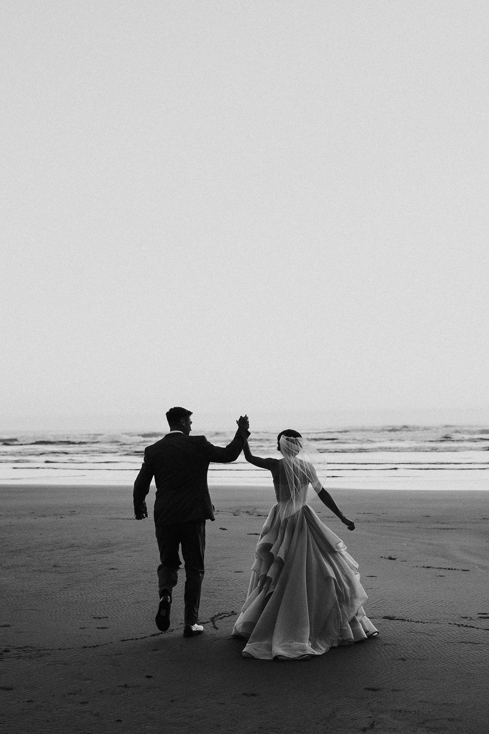 Oregon coast anniversary session