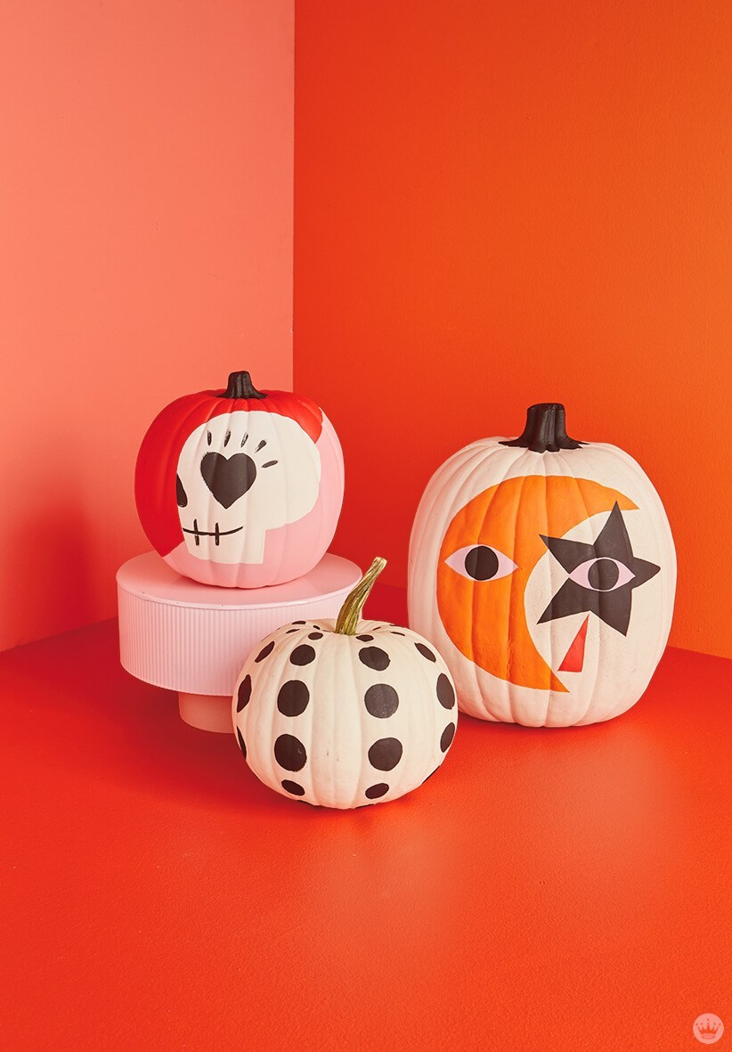 12 Diy Painted Pumpkin Ideas For A No Carve Halloween Diy Projects 100 Layer Cake