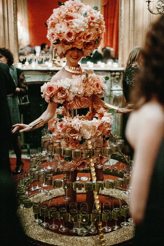 cocktail girl wedding idea
