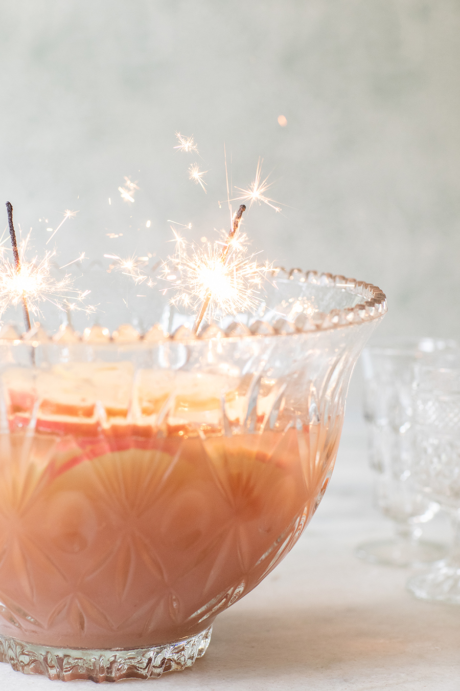 Spiced Apple Sparkling Holiday Punch