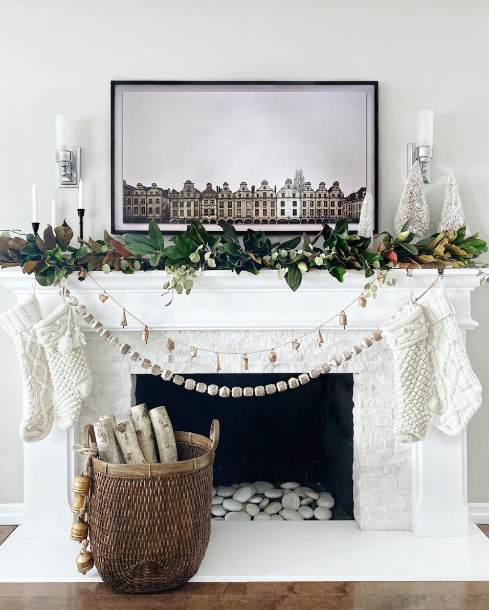 white holiday mantel