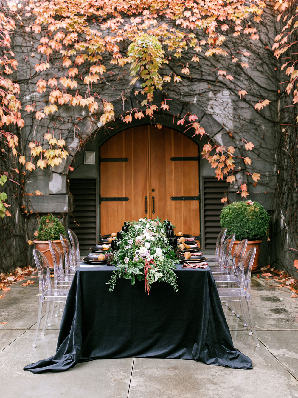 Romantic and moody winter event inspiration in Sonoma, California