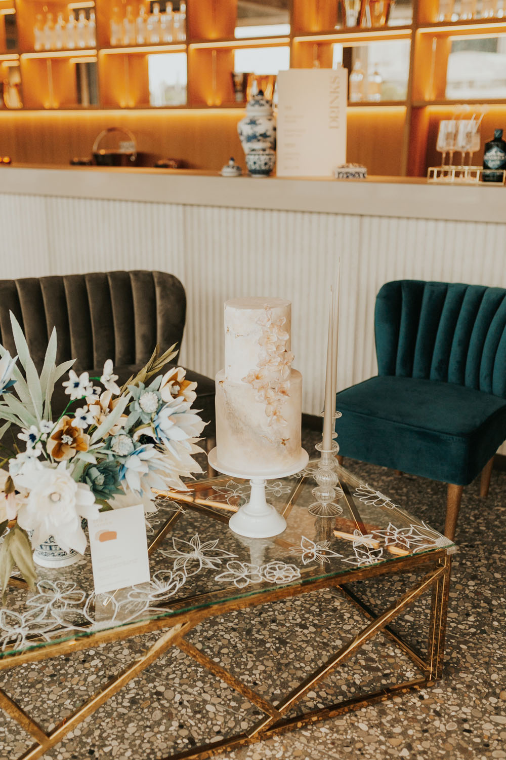 Modern London micro wedding with a boat ride on the Thames